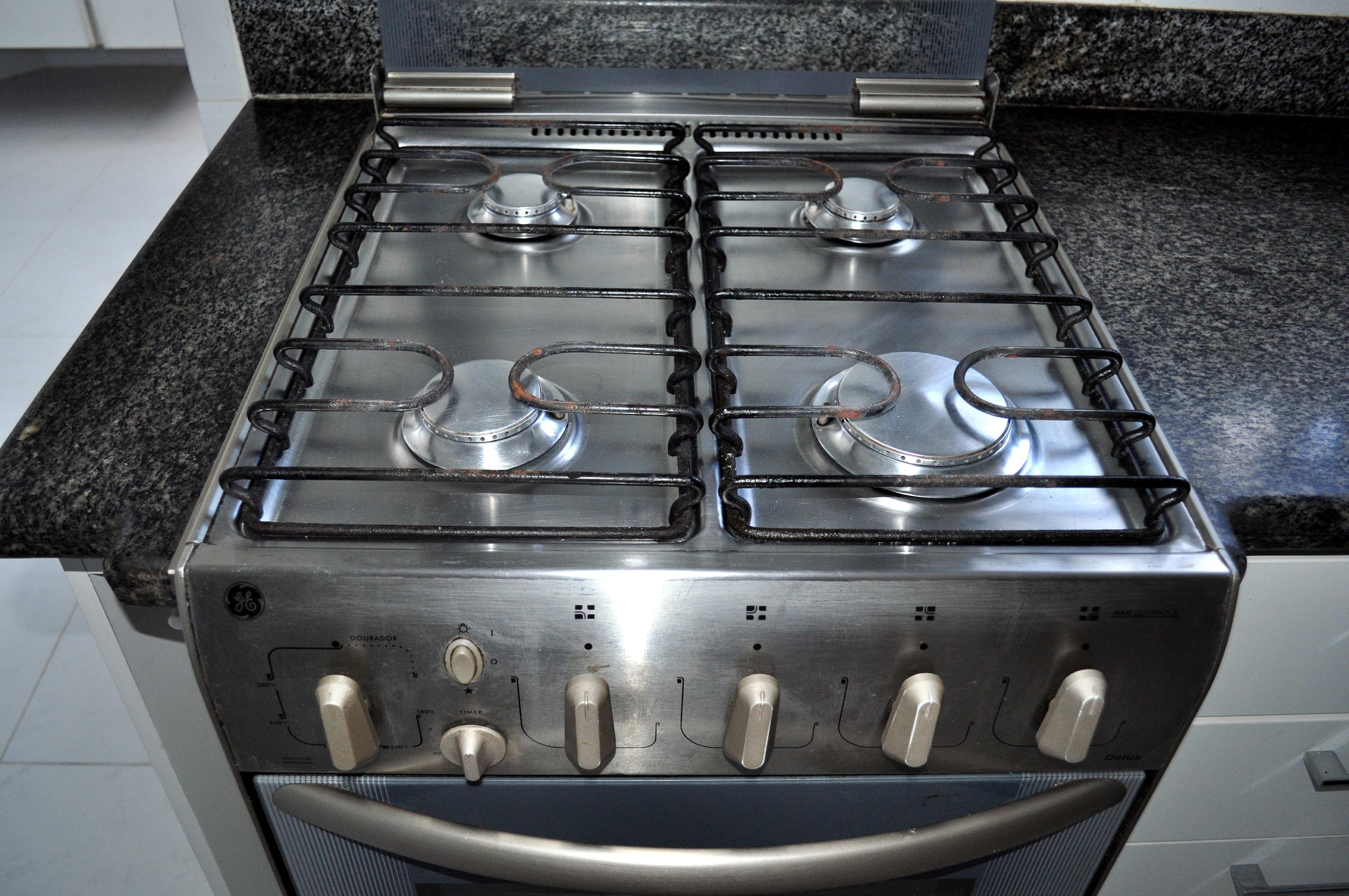 Free photograph; kitchen, gas, stove, close