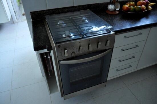 kitchen, stove