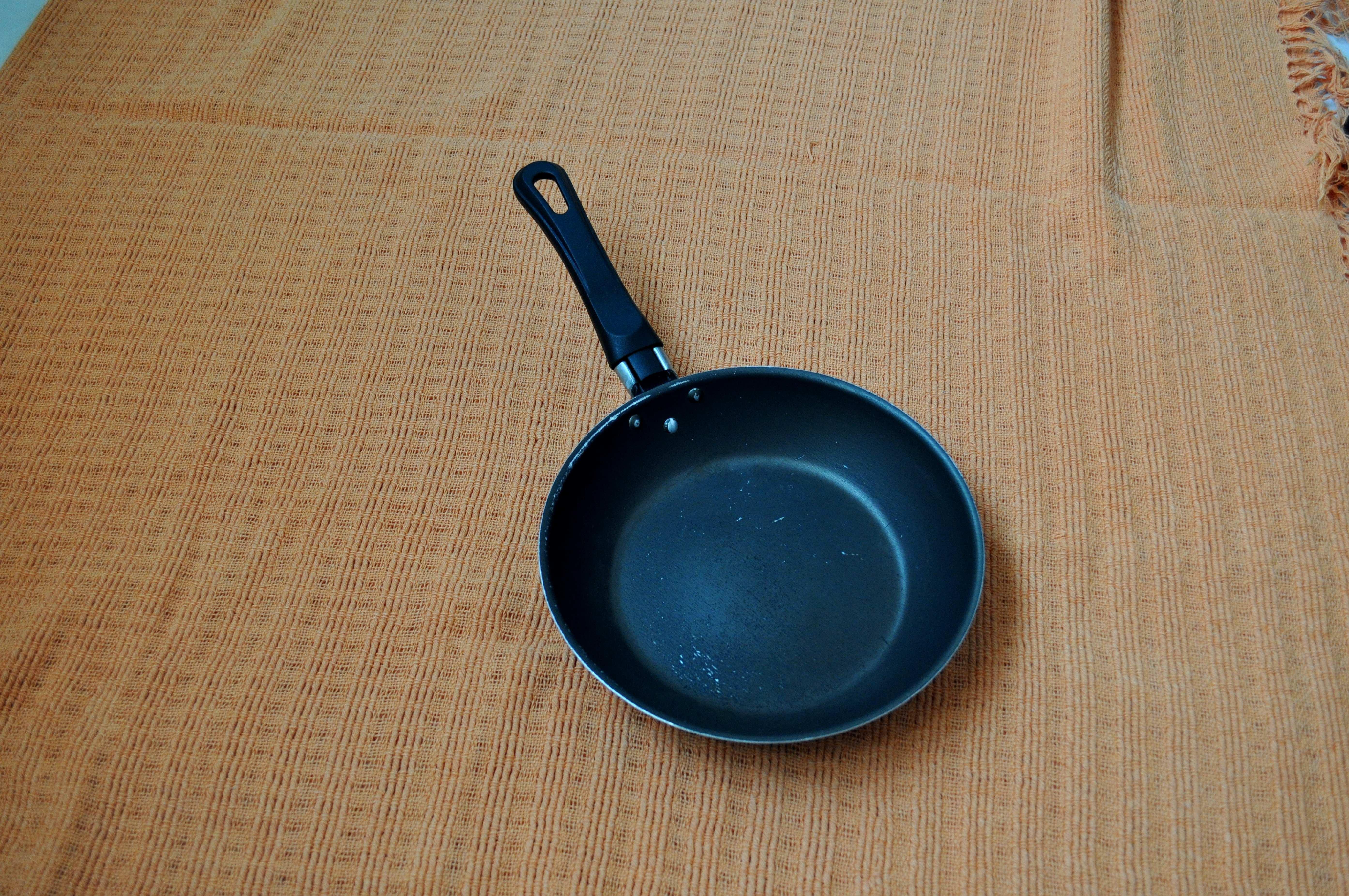 Free photograph; metal, pans, baking
