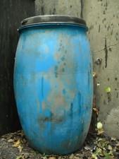 old, plastic, barrel
