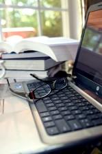 paire, lunettes, ordinateur portable, clavier