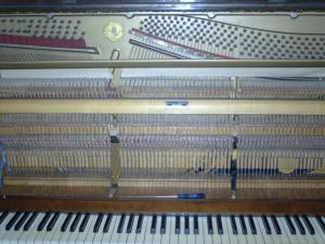 zongora, eszköz