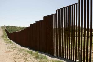 rouillé, frontière, barrière