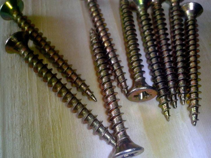 long, metal, jack, screw, wood