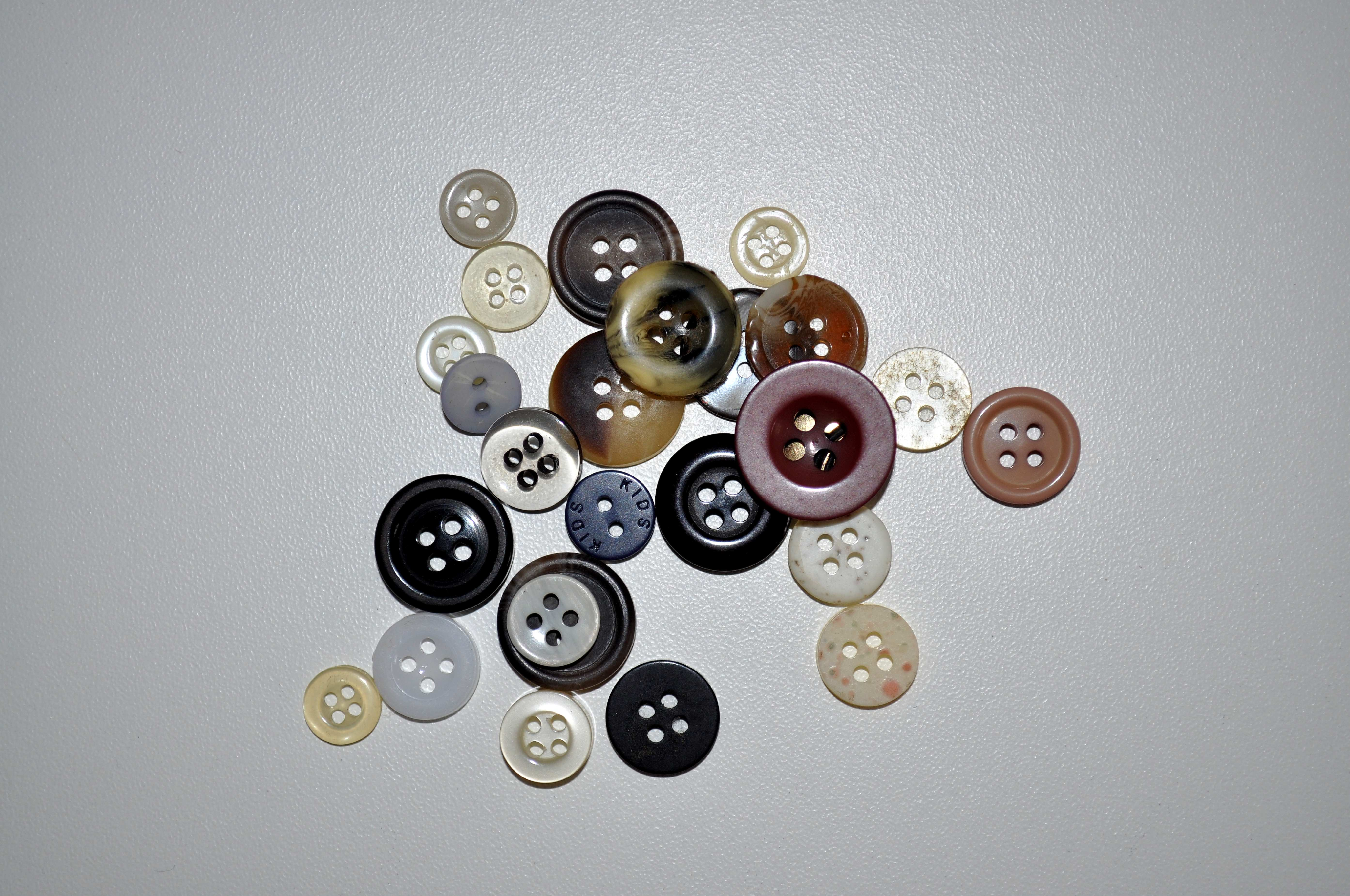 Free photograph; sewing, buttons, white, background