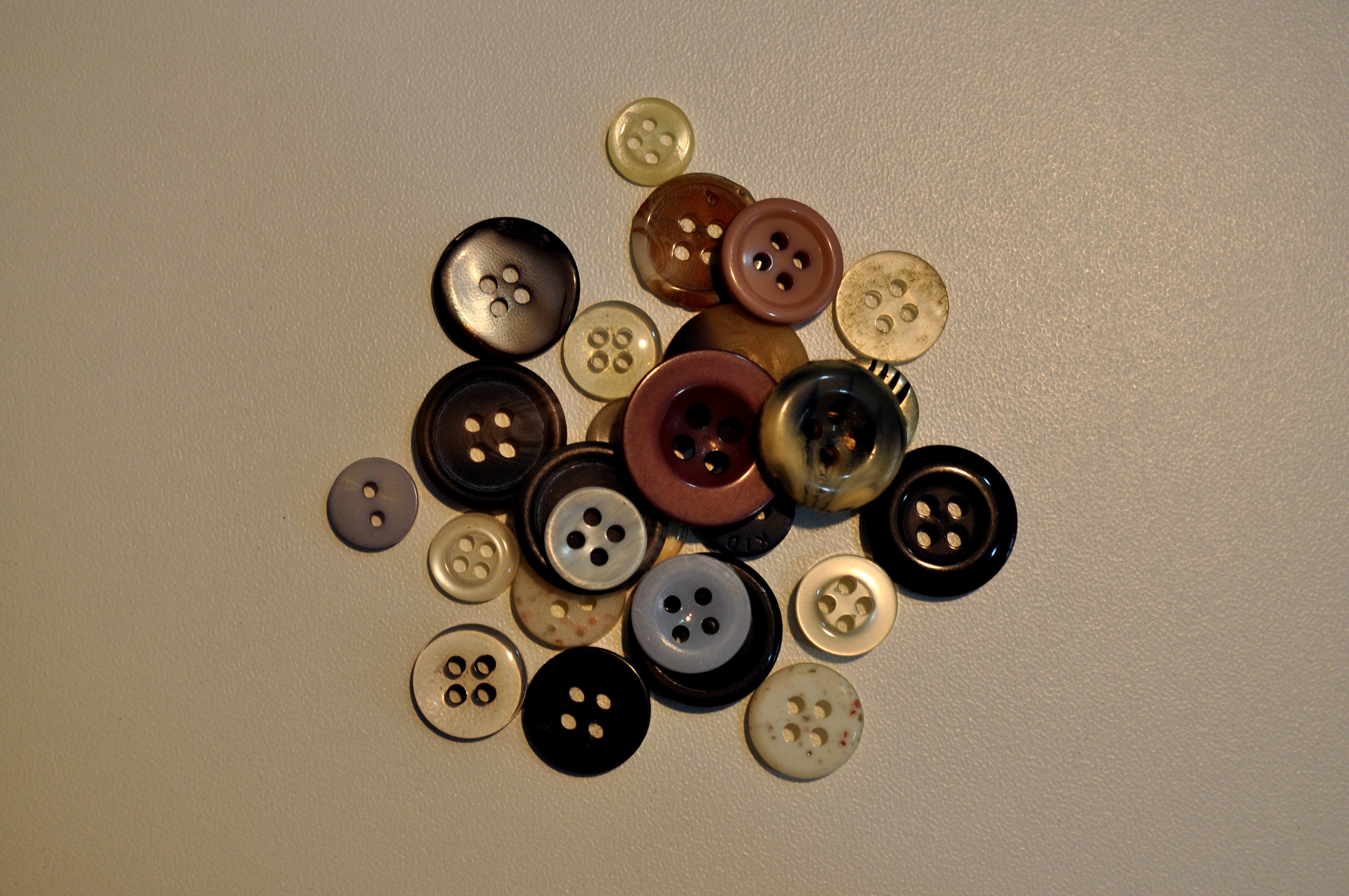 Free photograph; sewing, buttons
