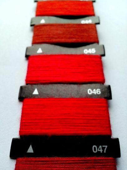 rojo, hilo, máquina de coser