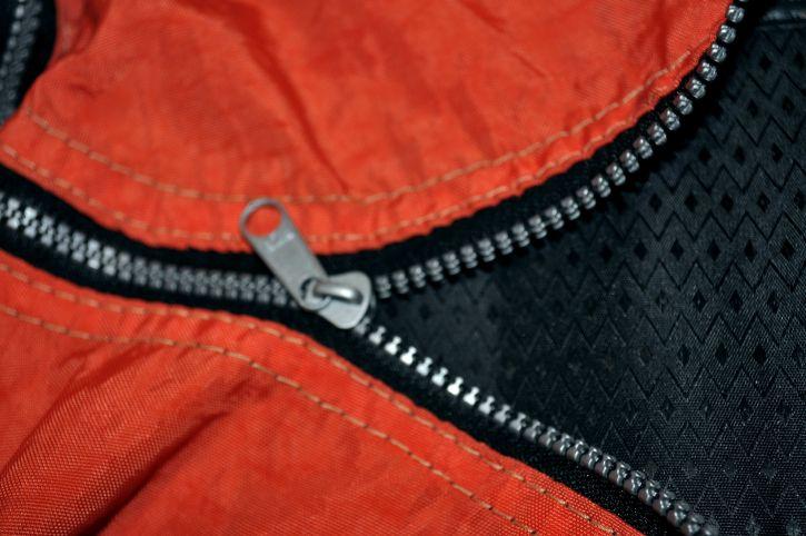 metal, zips