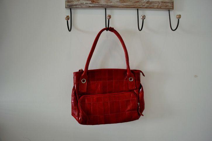 žena, crveni, torbu