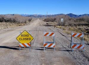 cesti, pucnjeve iz neposredne blizine, znak, cesta