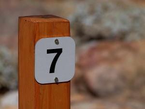 seven, sign