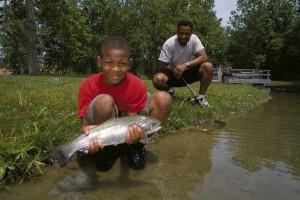 père, fils, image, poissons, main
