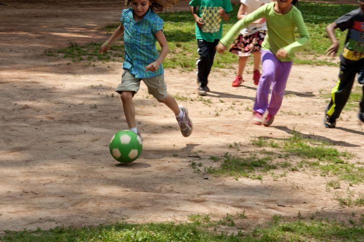 dječaci, djevojke, igra, neformalni, igra, nogomet