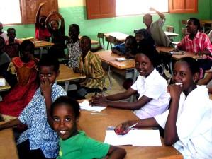 gyermekek, általános iskola, Dzsibuti, Afrika