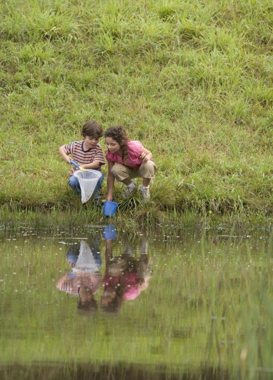 children, river