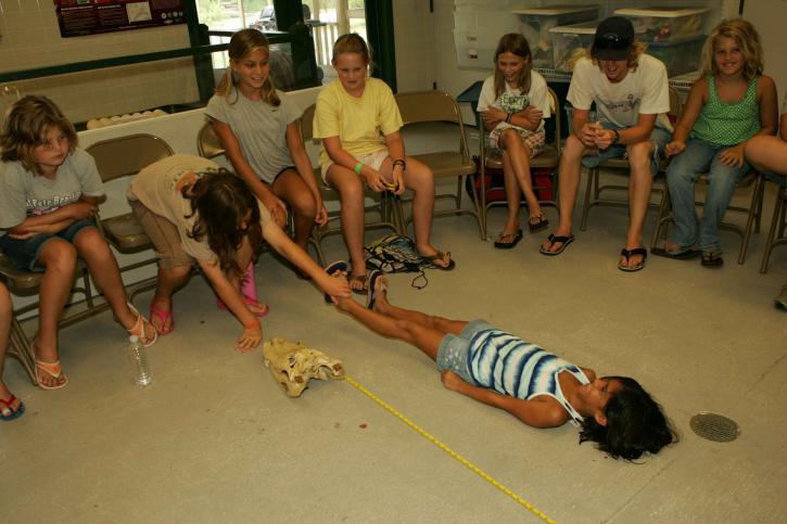 children, play, measure, height, friend
