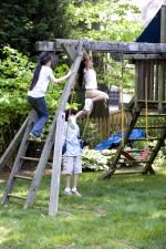 deti, hrať, staré, drevené, hrať, nastaviť