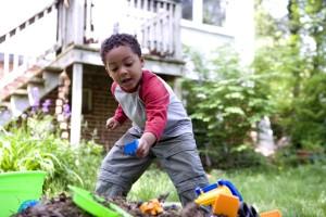 Carino, afro-americano, ragazzo, gioco, cortile