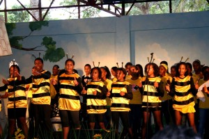 group, beneficiary, children, singing, songs