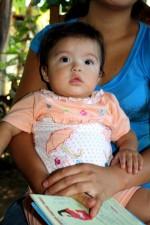 terve, kuukauden vanha vauva, äiti, vastaan, terveydenhuollon