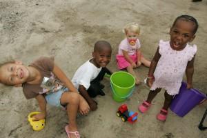 szép, édes, gyerekek, játék, homok