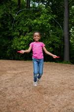 fille de l'école primaire, jeu, cour