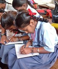 นักเรียน การศึกษา ทศนิยม การสนับสนุน วิทยุ ออกอากาศ สอน โรงเรียน Tuskar เมือง
