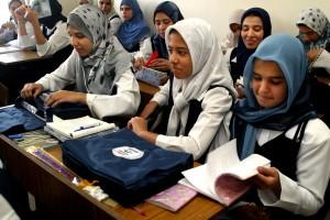 unge piger, skole, tasker, skoleartikler