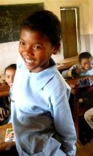 gadis, teman sekelas, Bagian, pilot, interaktif, radio, program, mengajar, bahasa Inggris, siswa kelas