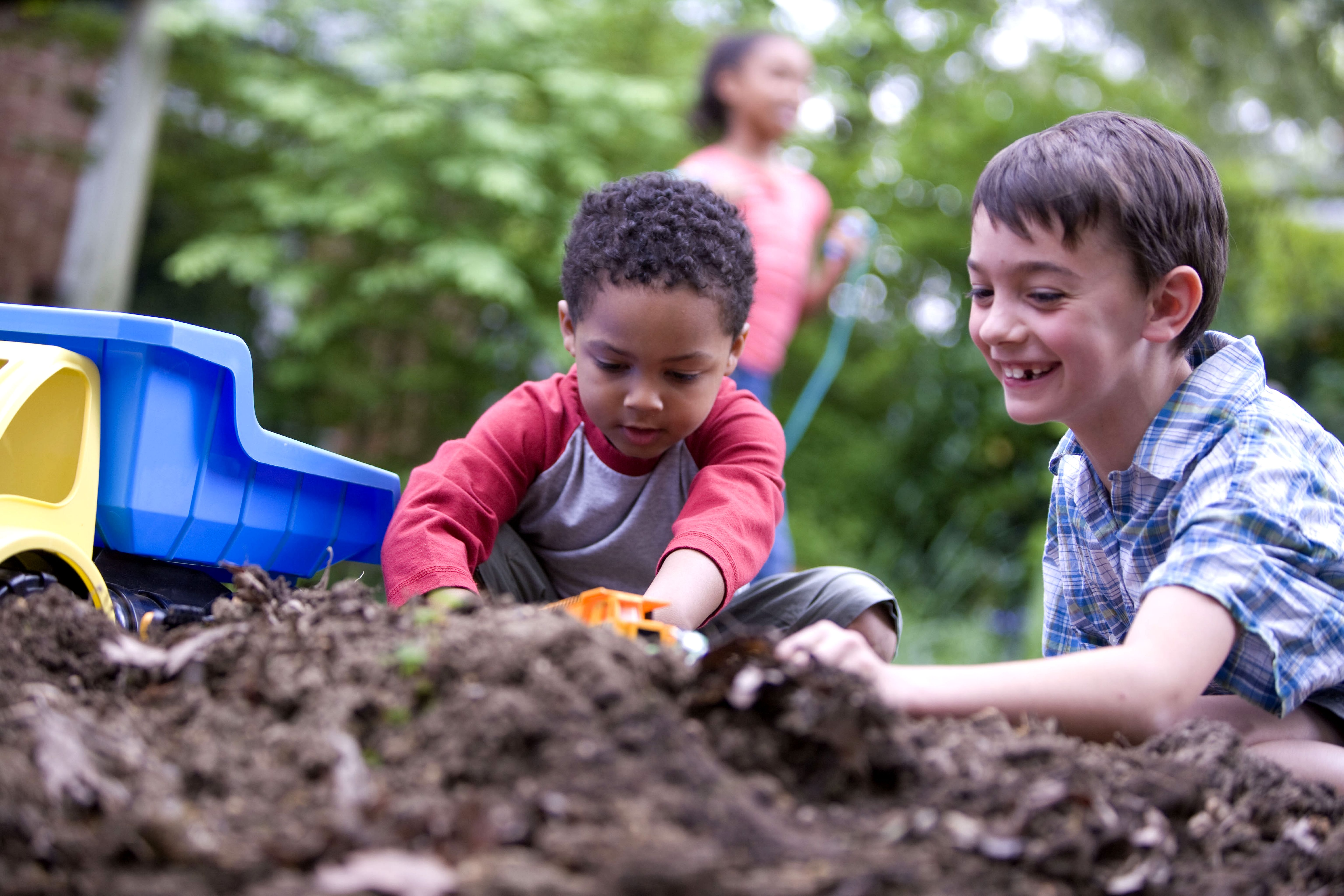 children and play The serious need for play free, imaginative play is crucial for normal social, emotional and cognitive development it makes us better adjusted, smarter and less stressed.