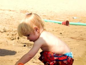 νεαρό αγόρι, παραλία, αντρες