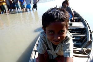 dječak, brod, Rabnabad, kanala, Bara, Baisdia, Unije, Galachipa, Upazila, Patuakhali