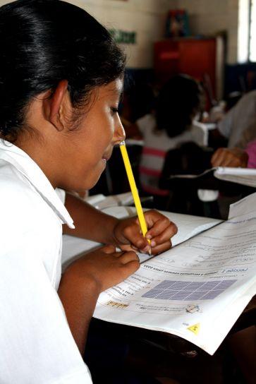jeune femme, étudiants, troisième, grade, classe, Centro, Escolar, Lajas