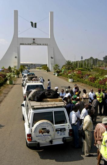 karavan, pripravuje, odlieta, Abuja, Nigéria, cestovanie, Sahel, región