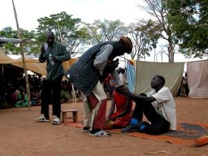 vaalit, Uganda, kylä, ihmiset