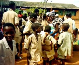 alimentaire, la distribution, le programme, les enfants des écoles, de la nutrition, de la nourriture, le déjeuner