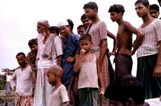 grouping, Bangladeshi, villagers