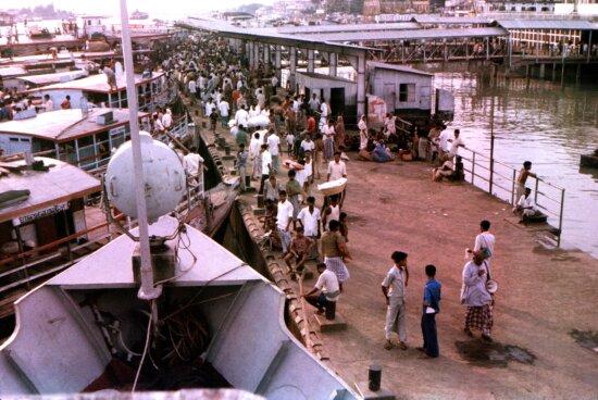 hustle, bustle, dhaka, harbor, Sader, ghat, ferry, terminal, Bangladesh, Buriganga, river