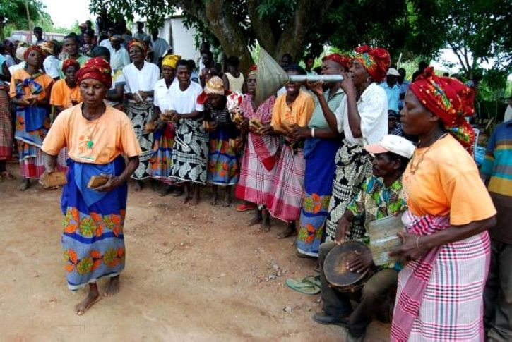 Mozambik, Vitajte, tanec