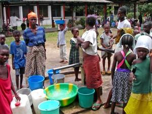 část, rutinní, mnoho, uprchlický tábor, sběratelství, voda
