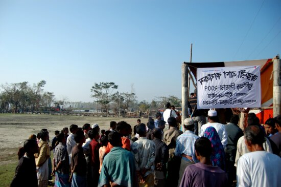 people, standing, long, queues, relief, supplies