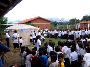 škola, dav, děti, shromažďovat, partnerství