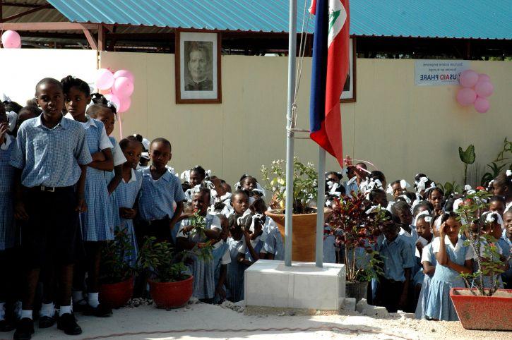 Haitisk, studenter, delta, post, jordskjelv, overgang, skole, innvielsen, seremoni