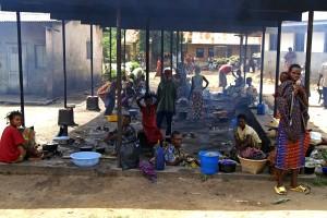 women, children, prepare, meals, Congo, Africa