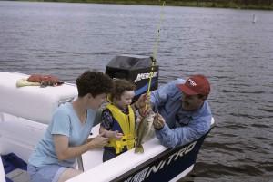 famille, loisirs, la navigation de plaisance, la pêche, le lac