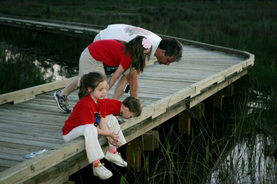 father, daughters, trip, river