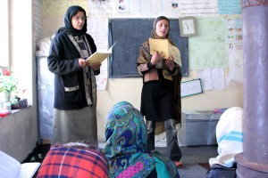 Afghanistan, girls, participate, learning, class