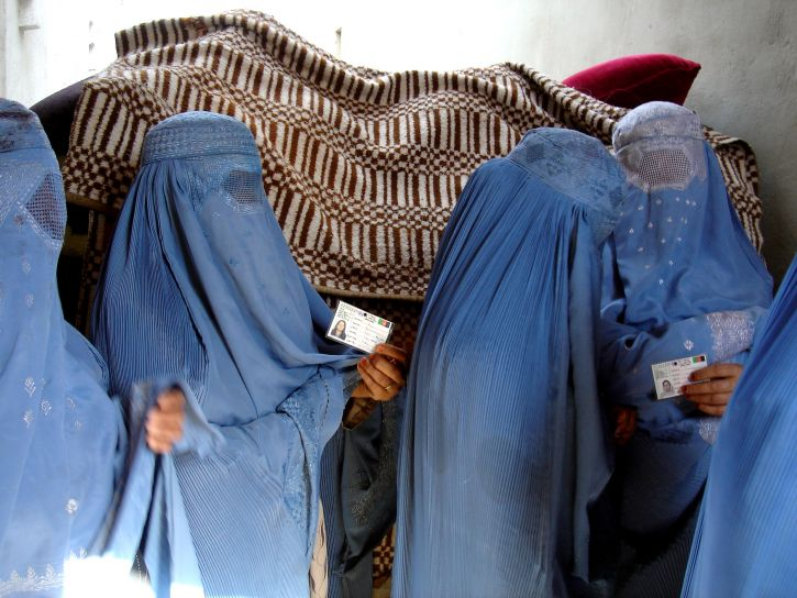Afghanistan, women, stand, vote