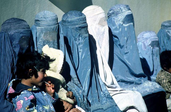 afghanistan, group, women, wearing, burkas
