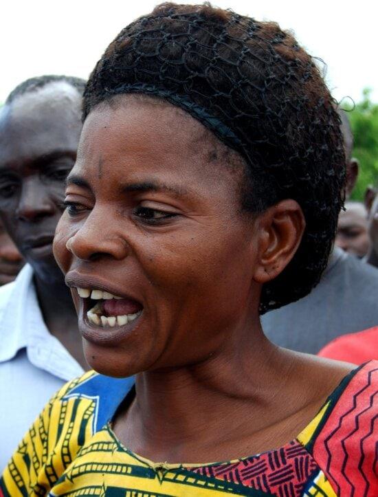 up-close, face, portrait, Afro woman